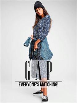 Gapのカタログに掲載されているGap ( あと5日)